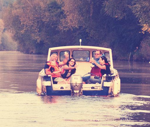 self-drive-large-boat